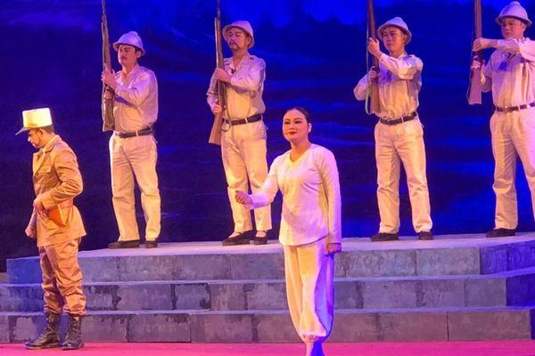 Diễn viên Đặng Thị Quyến: Tài năng trẻ trên sân khấu chèo Bắc Giang