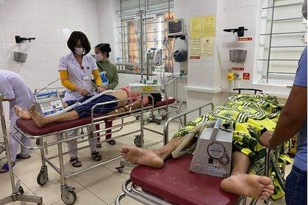 Hà Tĩnh: 4 người nhập viện do dùng than sưởi ấm