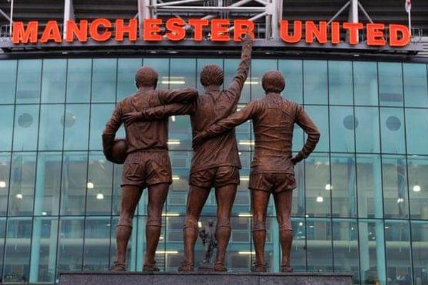 Manchester United bị tấn công mạng