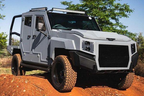 SUV chống đạn Max 3 độ từ Toyota Land Cruiser hơn 2,4 tỷ đồng