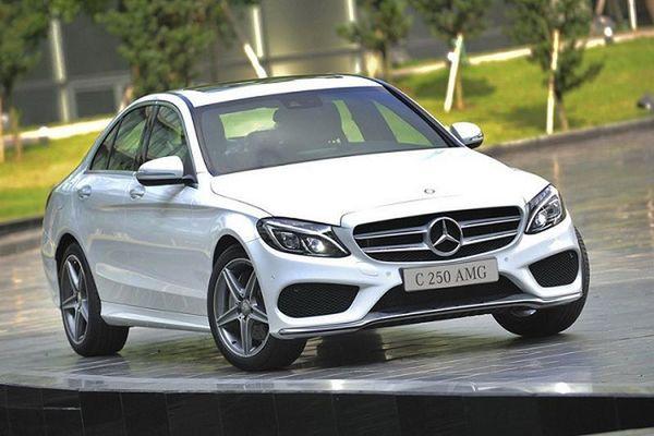 Hơn 3.200 xe sang Mercedes C-Class, GLK dính lỗi tại Việt Nam