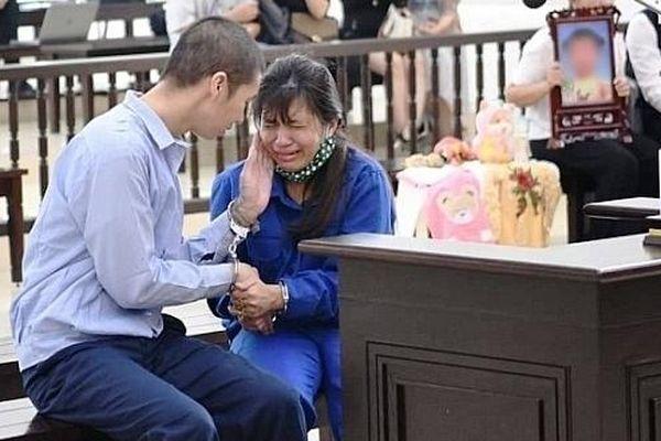 Phút cuối phiên tòa, người mẹ tha thứ cho lỗi lầm của con gái