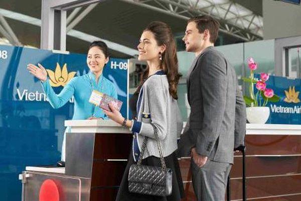 Cấm bay 1 năm với hai hành khách dùng giấy tờ giả lên máy bay