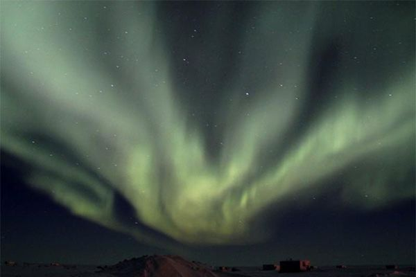 Kỳ lạ hiện tượng khiến Alaska chìm trong bóng đêm không ánh sáng