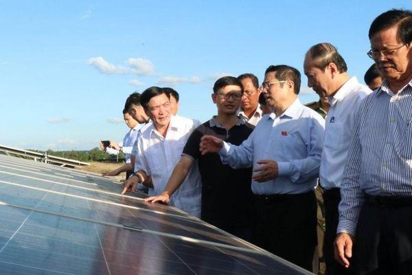 Phải quan tâm đến vấn đề xử lý môi trường đối với pin năng lượng mặt trời
