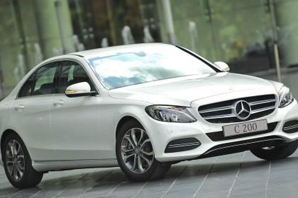 Mercedes-Benz Việt Nam triệu hồi hơn 3000 xe vì dính lỗi túi khí TAKATA