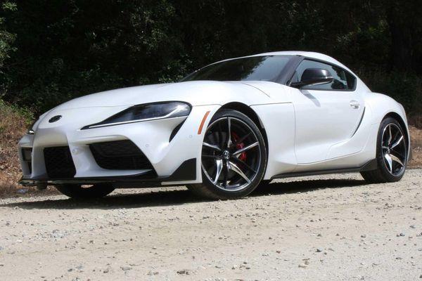 Toyota Supra và BMW Z4 bị triệu hồi vì lỗi bình nhiên liệu tại Mỹ