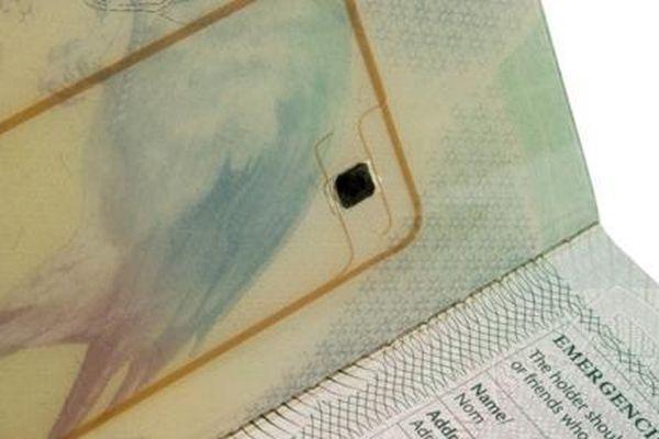 Quy trình thu thập vân tay để cấp hộ chiếu có gắn chíp điện tử