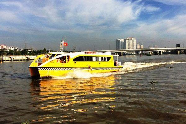 Phát triển đồng bộ giao thông đường thủy