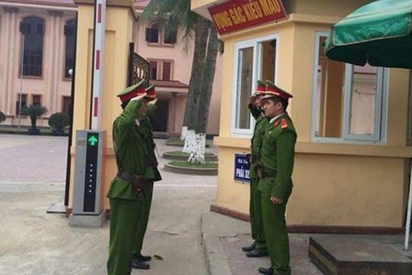 Khu di tích lịch sử cấp quốc gia cũng được cảnh sát bảo vệ