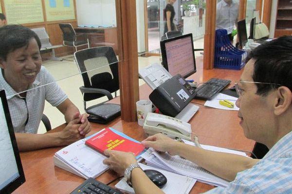 Không yêu cầu chứng chỉ tin học, ngoại ngữ: Dần chấm dứt tình trạng mua bằng bán điểm