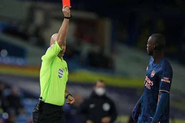 Pepe xin lỗi Arsenal vì thẻ đỏ vô duyên