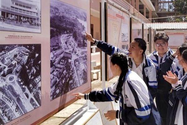 Học lịch sử bằng công nghệ số