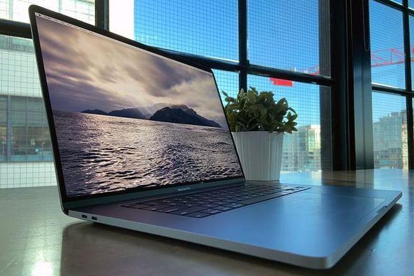 Dell Precision 7550 vs Macbook Pro 16 2019: Trong tầm giá 50 triệu chọn mẫu laptop nào ?