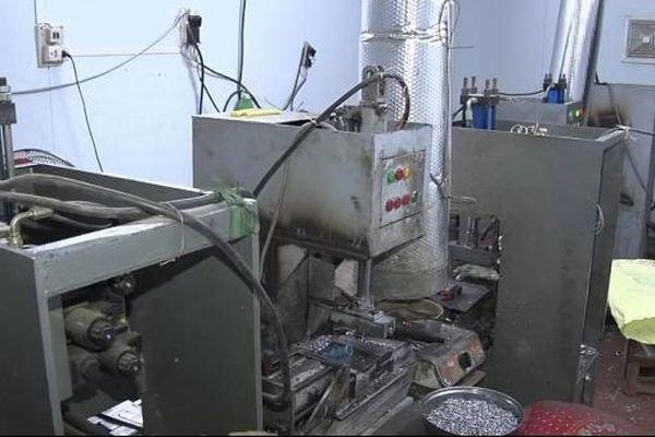 Phát hiện cơ sở sản xuất trái phép đạn chì, thu giữ 2,4 tấn nguyên liệu
