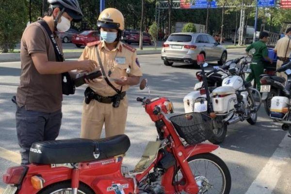 TP.HCM sẽ chú trọng 'phạt nguội' vi phạm giao thông, hạn chế CSGT ra đường