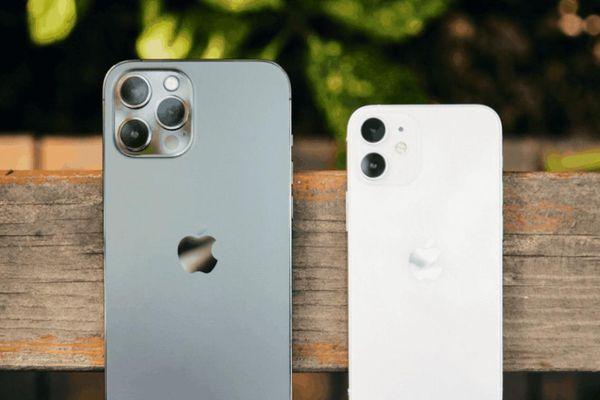 Chi phí sản xuất của iPhone 12 và iPhone 12 Pro chưa bằng một nửa giá bán