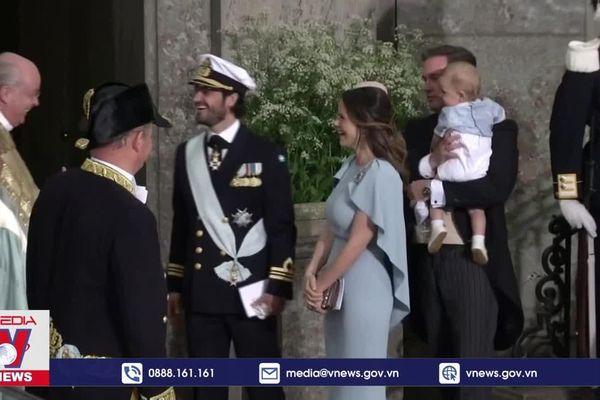 Hoàng tử Thụy Điển mắc COVID-19