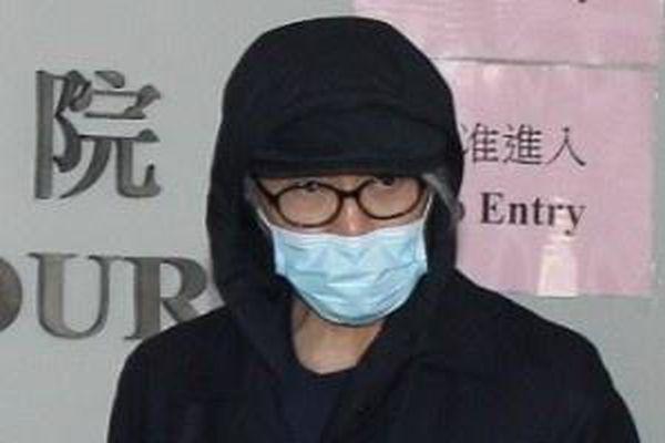 Người hâm mộ tranh thủ gặp gỡ Châu Tinh Trì tại tòa án