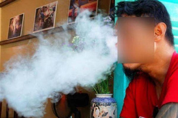 Lúng túng với thuốc lá điện tử