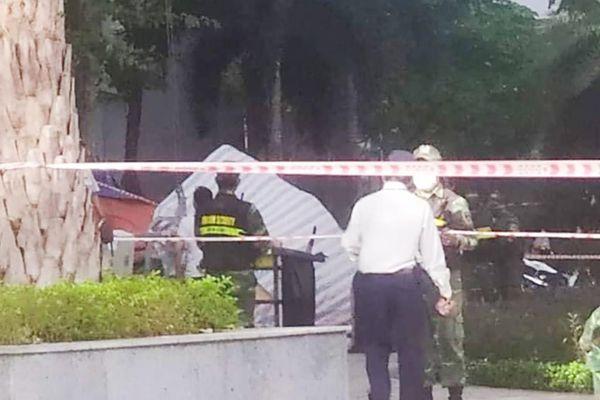 Người phụ nữ rơi lầu chung cư ở Bình Thạnh nghi do tự tử
