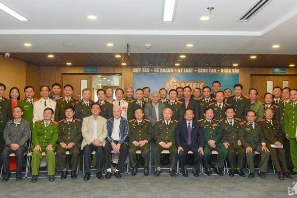 Gặp mặt 50 tướng lĩnh, Anh hùng lực lượng Công an nhân dân quê Nghệ An tại Hà Nội