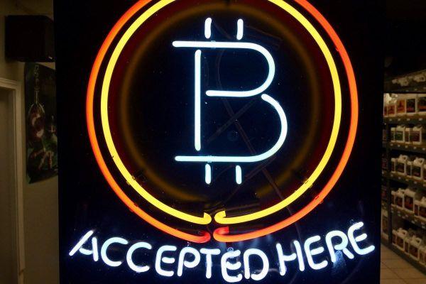 Bitcoin có phải là 'két giữ tiền an toàn' trong thời kỳ khủng hoảng Covid-19?