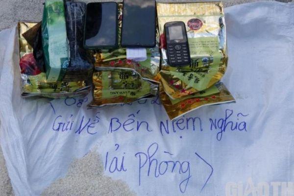 Cô gái 9X ở Điện Biên giấu 6kg ma túy đá trong bao gạo để gửi đi Hải Phòng