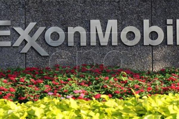 ExxonMobil ngừng đàm phán bán các mỏ dầu và khí đốt ở eo biển Bass