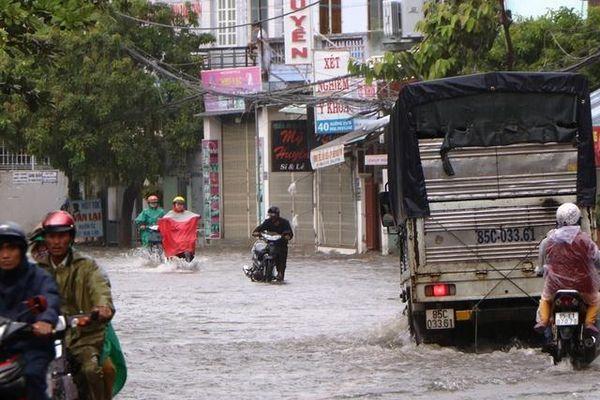 Ninh Thuận: Ngày mai học sinh các cấp tạm thời nghỉ học do mưa lớn