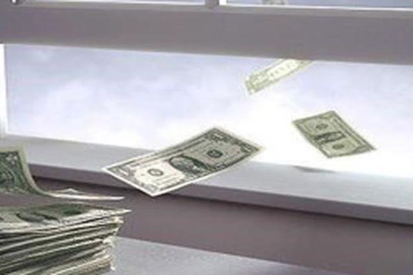 Những khoản chi tiêu rất quen thuộc nhưng lại đang lãng phí tiền