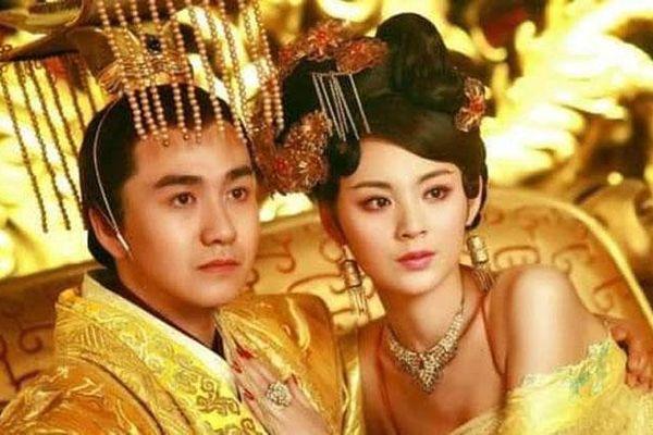 Vị Hoàng đến Trung Hoa bị Hoàng hậu 'cắm sừng' vẫn yêu thương không rời, trước khi chết còn trao 'đặc ân' bất ngờ