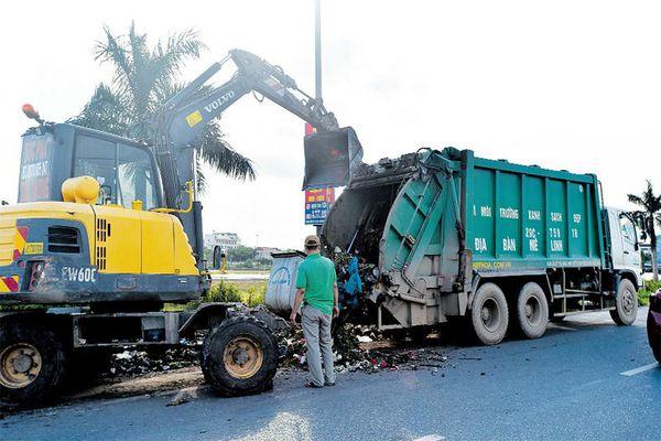 Tháo gỡ bất cập trong đấu thầu thu gom rác