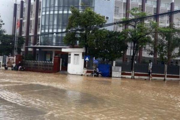 Các xã vùng ven TP Nha Trang bị ngập nặng