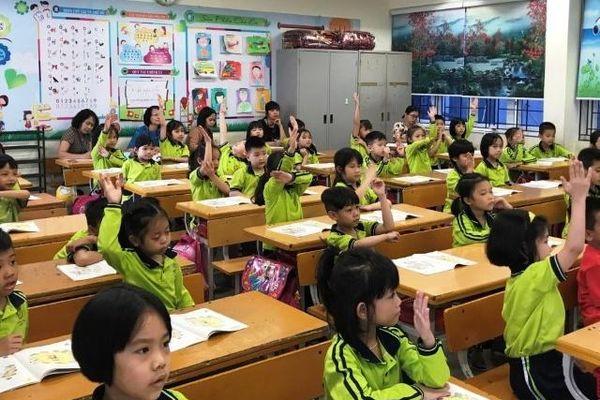 Tâm thế giáo viên - lực đẩy thực hiện CTSGK mới