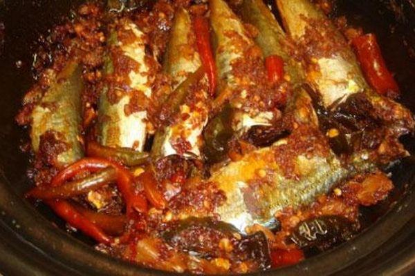 Cách làm món cá nục kho tỏi ớt đậm đà đưa cơm