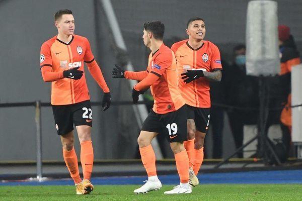 Phơi áo trên đất Ukraine, Real nguy cơ bị loại từ vòng bảng