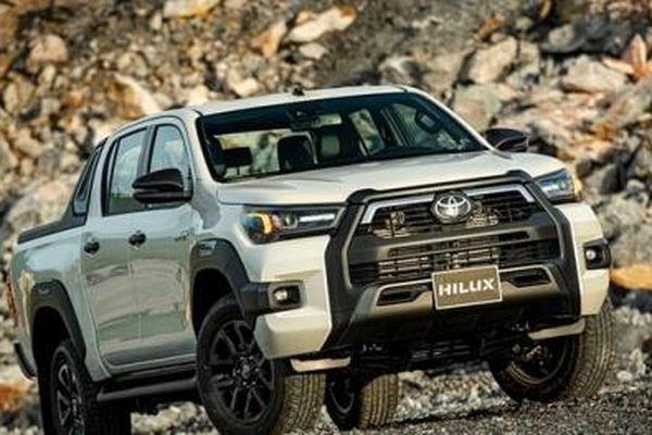 Giá xe Toyota tháng 12/2020: Mẫu xe rẻ nhất giá chỉ 352 triệu đồng