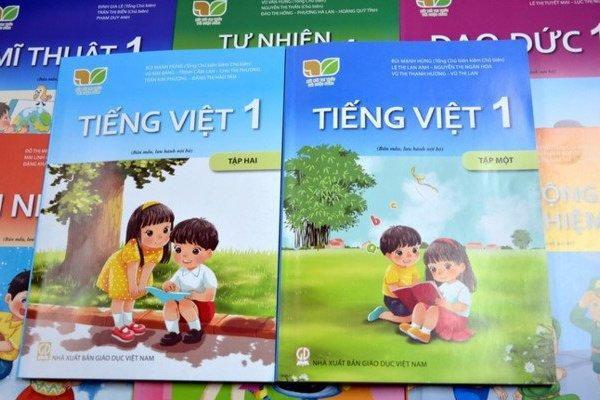 Sách Tiếng Việt 1 bộ 'Kết nối...' của NXBGD: Phải sửa ngay, thưa Bộ trưởng!