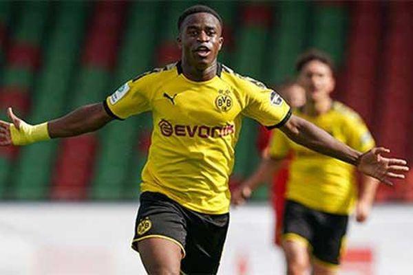 Những kỷ lục đang chờ thần đồng 16 tuổi của Dortmund xô đổ ở Champions League