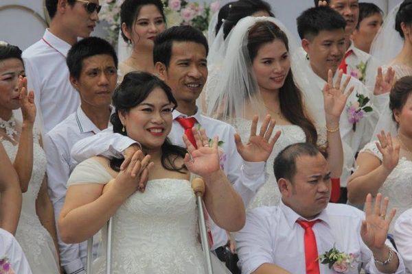 60 cặp đôi người khuyết tật tham gia Lễ cưới tập thể 'Giấc mơ có thật' lần thứ 3