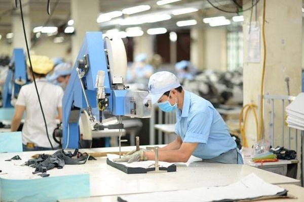 Xuất khẩu dệt may giảm lần đầu tiên sau 25 năm do COVID-19