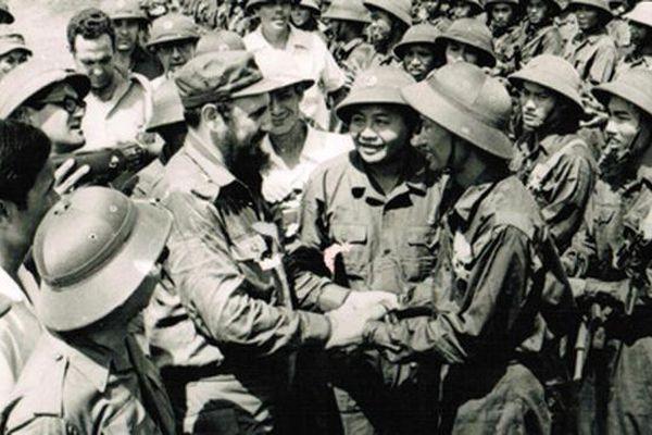Lòng khâm phục của Chủ tịch Fidel Castro đối với Bác Hồ