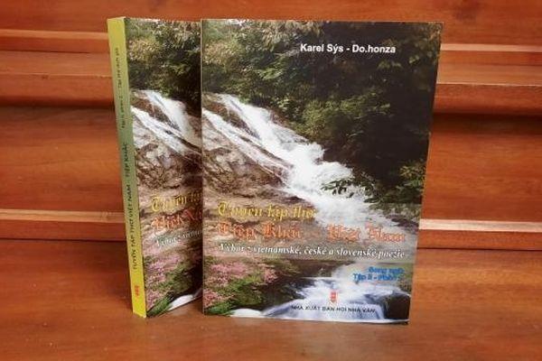 Ra mắt 'Tuyển tập thơ Tiệp Khắc - Việt Nam' với hơn 260 bài thơ