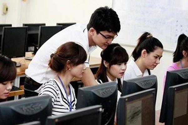 Quy định mới về miễn thi ngoại ngữ, tin học khi thi tuyển công chức từ ngày 1/12