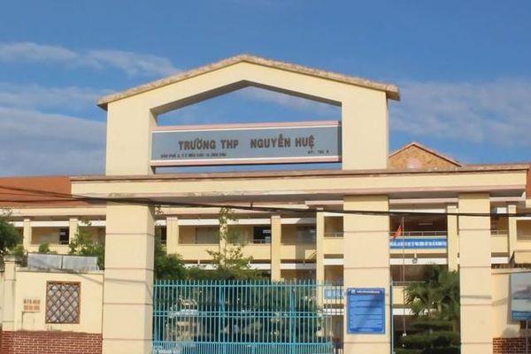 Tây Ninh: Trường rung lắc, hơn 700 học sinh phải sơ tán