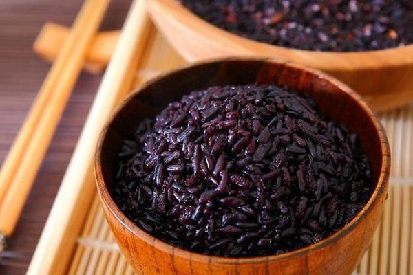 Điểm danh 10 thực phẩm màu đen ăn hằng ngày còn tốt hơn nhân sâm
