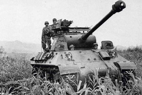 Quân đội Pháp từng dùng xe tăng gì trong Chiến tranh Việt Nam?