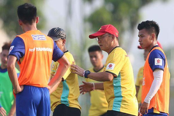 Ông Park lại rối khi AFF Cup dời sau SEA Games ba ngày