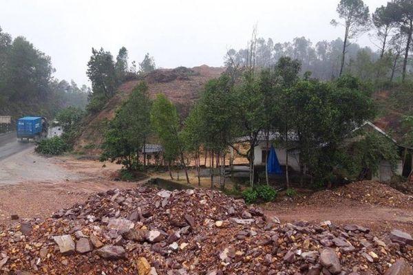 Dự án Cam Lộ-La Sơn đoạn Thừa Thiên Huế: Nhiều nhà dân 'án ngữ' mặt bằng